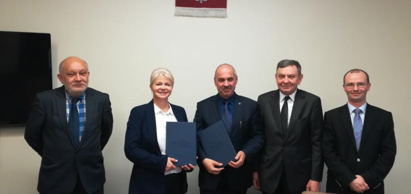 Umowa o współpracy pomiędzy Wydziałem Elektroniki WAT a Wydziałem Transportu PW