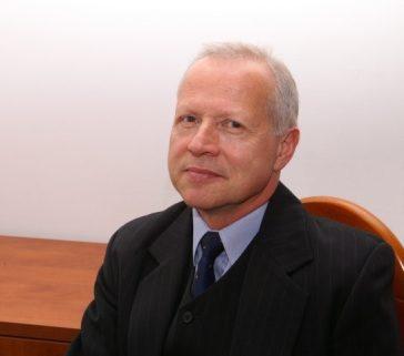 prof. Jerzy Pietrasiński zdobywcą nagrody Ministra Obrony Narodowej